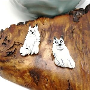 NWT Vintage hand painted wood dog cat wolf white